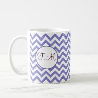 Mug Zigzag pourpre décoré d'un monogramme