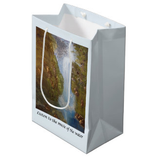Musique de cascade - environnement de nature sac cadeau moyen