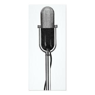 Musique vintage, invitation démodée de microphone