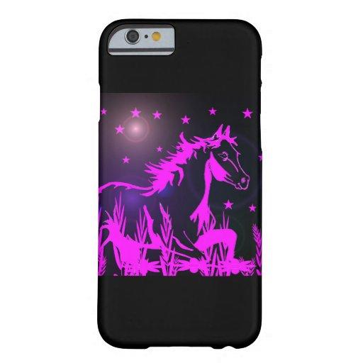 Mustang rose sur l'arrière - plan noir coque iPhone 6 barely there