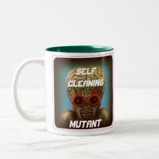 Mutant de nettoyage d'individu mug bicolore