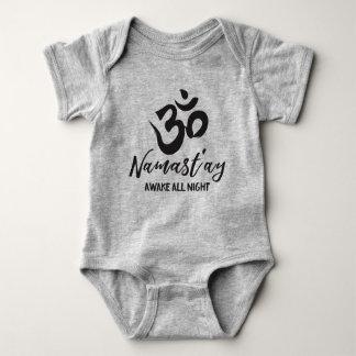 Namast'ay éveillé toute la nuit body