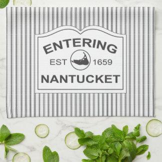 Nantucket chic minable signent dedans la rayure no linges de cuisine