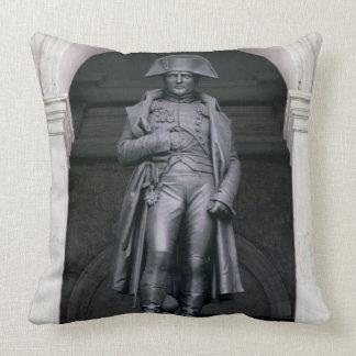 Napoléon I (1769-1821) dans un manteau d'hiver, Coussins Carrés