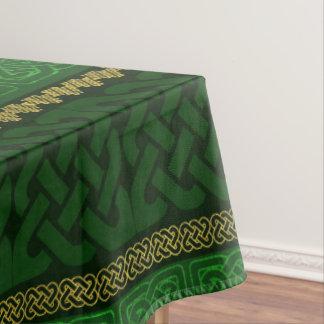 Nappe Or décoratif de noeud celtique et motif vert