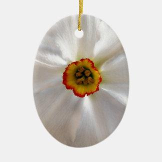 narcisse de blanc de perle ornement ovale en céramique