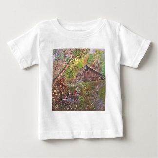 nature d'art de main de peinture de peinture de t-shirts