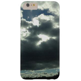 nature nuageuse foncée de ciel de soleil coque iPhone 6 plus barely there