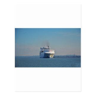 Navire porte-conteneurs combiné de ferry et carte postale