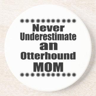 Ne sous-estimez jamais la maman d'Otterhound Dessous De Verre En Grès