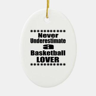 Ne sous-estimez jamais l'amant de basket-ball ornement ovale en céramique