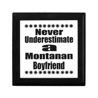 Ne sous-estimez jamais l'ami de Montana Petite Boîte À Bijoux Carrée