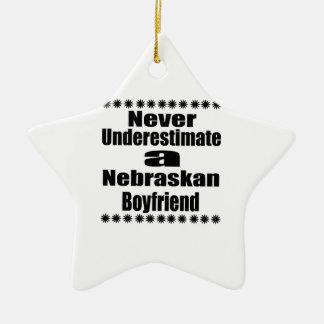 Ne sous-estimez jamais l'ami de Nebraskan Ornement Étoile En Céramique