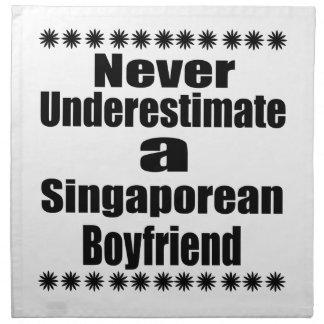 Ne sous-estimez jamais un ami singapourien serviettes imprimées