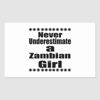 Ne sous-estimez jamais une amie zambienne sticker rectangulaire