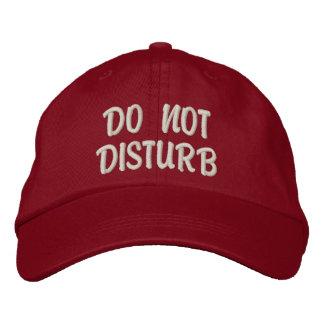 """""""Ne touchez pas"""" au casquette de gymnase"""
