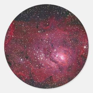 Nébuleuse NGC 6523 de la lagune M8 Sticker Rond