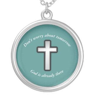 N'inquiétez pas la croix d'ensemble du collier