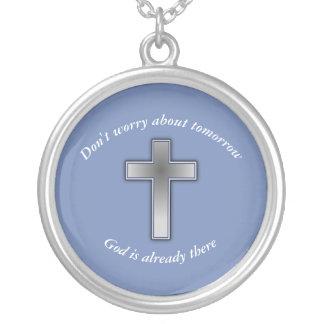 N'inquiétez pas la croix du collier w/Blue