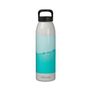 Niveau d'eau bouteille d'eau