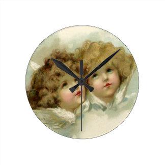 Noël vintage, anges victoriens dans les nuages horloge ronde