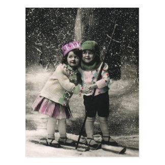 Noël vintage, meilleurs amis sur des skis carte postale