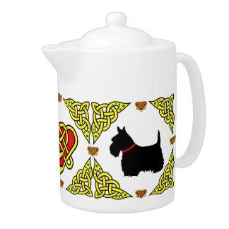 Noir celtique Scittish Terrier de coeur de
