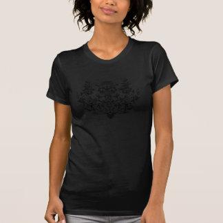 Noir de logo de damassé sur le noir t-shirt