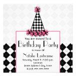 Noir et rose de fête d'anniversaire avec le chapea invitations
