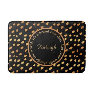 Noir et tapis de bain inspiré de confettis d'or