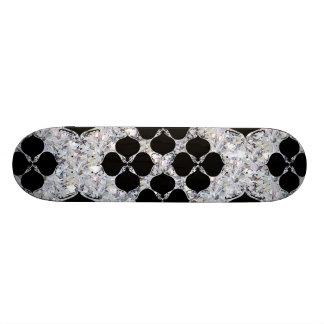 Noir floral sur le motif de diamant plateaux de skateboards customisés