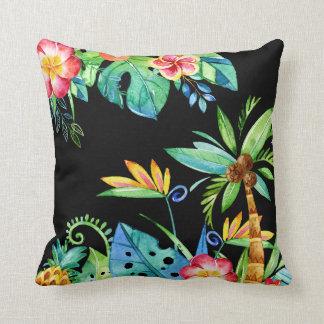 Noir floral tropical d'aquarelle oreillers