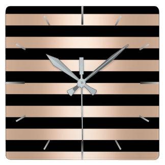 Noir rose d'or de poussin moderne élégant barré horloge carrée