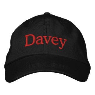 Noir rouge de casquette de baseball brodé par nom