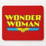 Nom et logo de femme de merveille tapis de souris