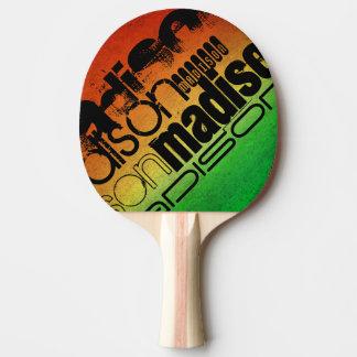 Nom personnalisé sur le jaune orange et le vert au raquette tennis de table
