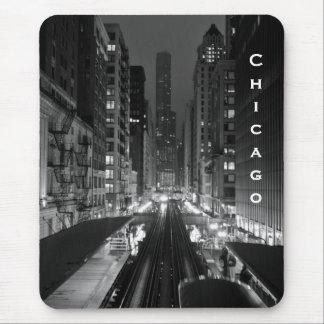 Nom vertical du centre de ville de Chicago Tapis De Souris