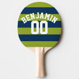 Nombre nommé de rayures de rugby de bleu marine et raquette tennis de table