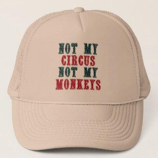 Non mon cirque, non ma casquette de baseball de