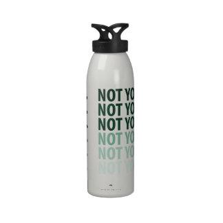 Non votre bouteille d'eau d'affaires