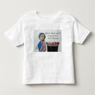 Nonna dit que nous n'avons pas besoin d'une t-shirt pour les tous petits