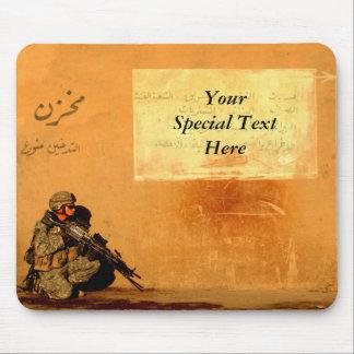 Note militaire faite sur commande d'amour sur le tapis de souris