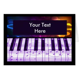 Notes colorées de clavier et de musique de piano à
