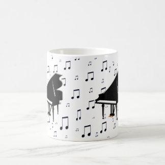 Notes de piano à queue et de musique mug