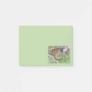 Notes de post-it de papillon de monarque