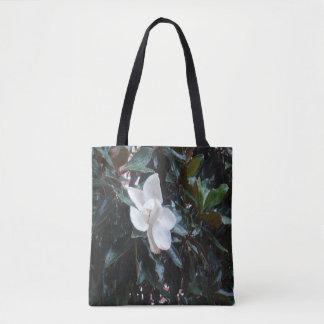 """""""Notre arbre de magnolia après la pluie"""" Tote Bag"""