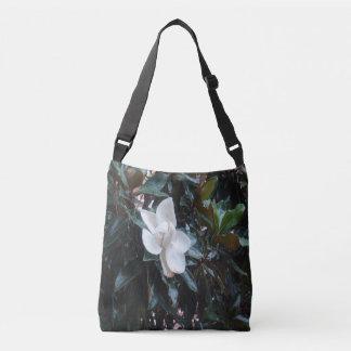 """Notre arbre de magnolia corps Fourre-tout de Sac"
