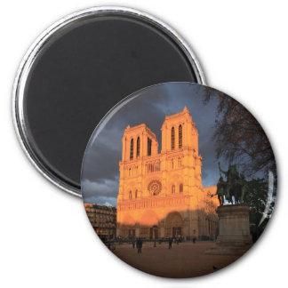 Notre Dame de Paris Magnet Rond 8 Cm
