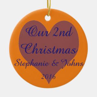 Notre deuxième de Noël coeur orange bleu ensemble Ornement Rond En Céramique