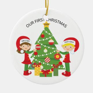 Notre Noël personnalisé premier par Noël Ornement Rond En Céramique